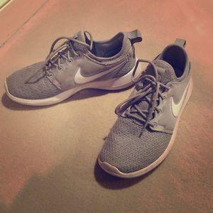 Nike Sneakers (light grey) - size 6.5